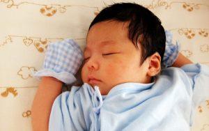 赤ちゃん寝かしつけ